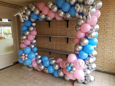 Blauw en Roze Dubbele Verjaardag XXL Foto Frame Ballondecoratie 250x250cm