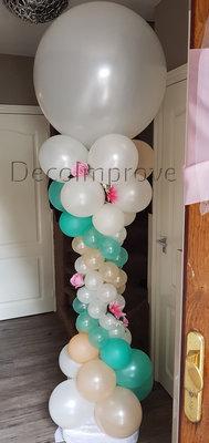 Ballonnenpilaar Deluxe Pearl Mint met Bloemen