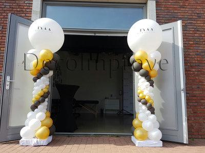 Ballonnenpilaar Deluxe met Gepersonaliseerde Tekst op Topballon