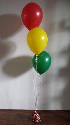 Trosje met 3 Heliumballonnen boeket en folie ballon gewicht in ieder gewenste  kleur