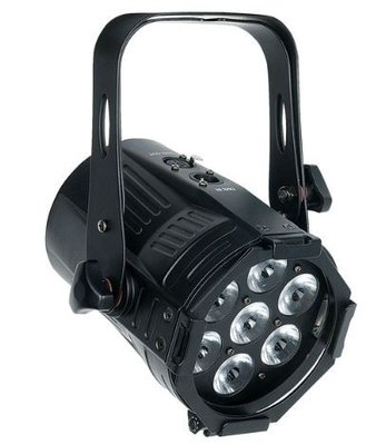 Showtec Medium Studiobeam Tour Q4 4-in-1 RGBW LED spot