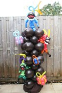 Sinterklaas Schoorsteen met Pakjes en Pieten Ballonnenpilaar
