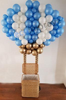 Luchtballon 2D met Cadeaumand Ballondecoratie