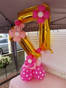Roze Bloemen '17' Cijfer Tafeldecoratie