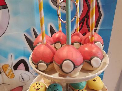 Cakepops Pokeball