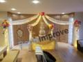 Organic-Prieel-met-Tule-en-Bloemen-Ballondecoratie